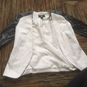 COPY - H&M jacket cream color with leather sleeves